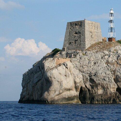 Punta Campanella: ormeggi sostenibili nella costiera sorrentina