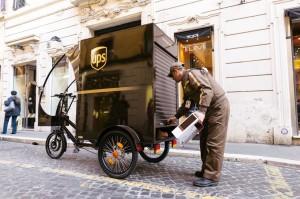 Triciclo UPS_consegne sostenibili a Roma